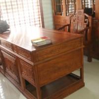 东阳红木家具厂仿古家具 古典家具 明清家具 花梨木红木家具特价 1.8米花鸟办公桌