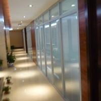 上海乐朗专业生产办公室屏风百叶帘 出售办公室屏风百叶帘